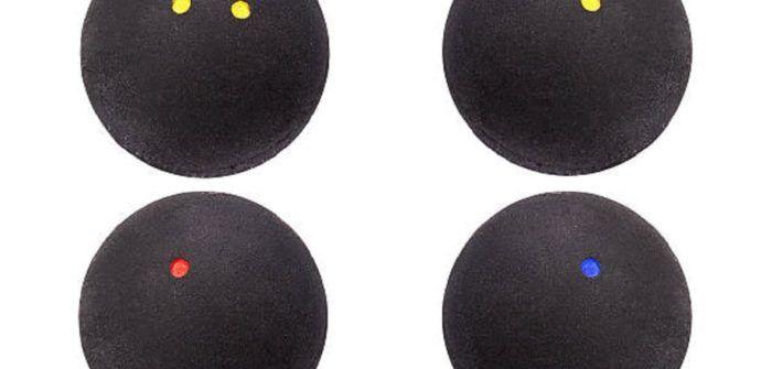 cuál es el peso promedio de una pelota profesional de squash